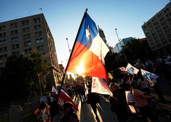 Chile en reflexión ante cercanía de plebiscito