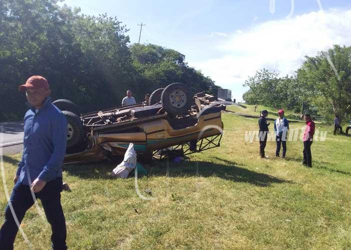 Un muerto y varios lesionados en un fuerte accidente en Boaco - TN8 Nicaragua