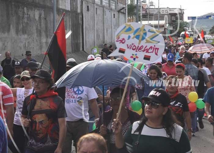 Familias de Estelí realizaron caminata por un país donde reine paz - TN8 Nicaragua