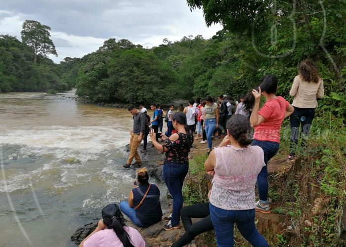 Universitarios se unen para conocer del turismo en Nueva Guinea - TN8 Nicaragua