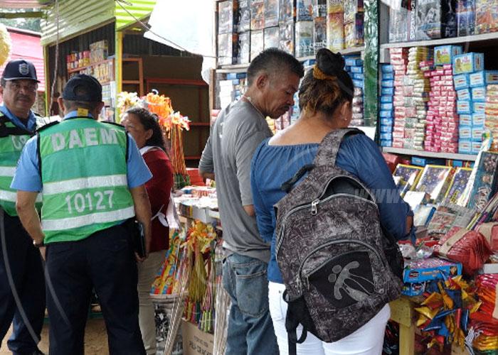 Continúan recorridos e inspección en puestos de pólvora en Managua - TN8 Nicaragua