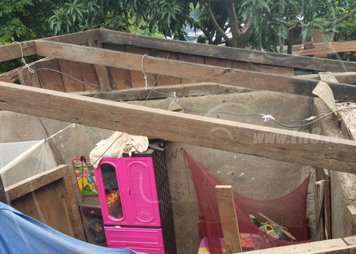 Fuertes vientos provocan colapso en techo de vivienda en Estelí - TN8 Nicaragua
