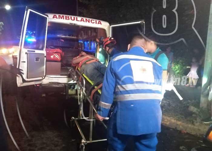 Ciclista resultó lesionado al ser impactado por un bus en Managua - TN8 Nicaragua