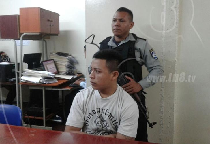 Retrasan audiencia de sujeto acusado de violar a mujer en autobús