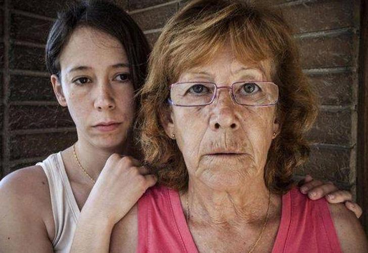 Queda libre mujer que quemó a violador de su hija