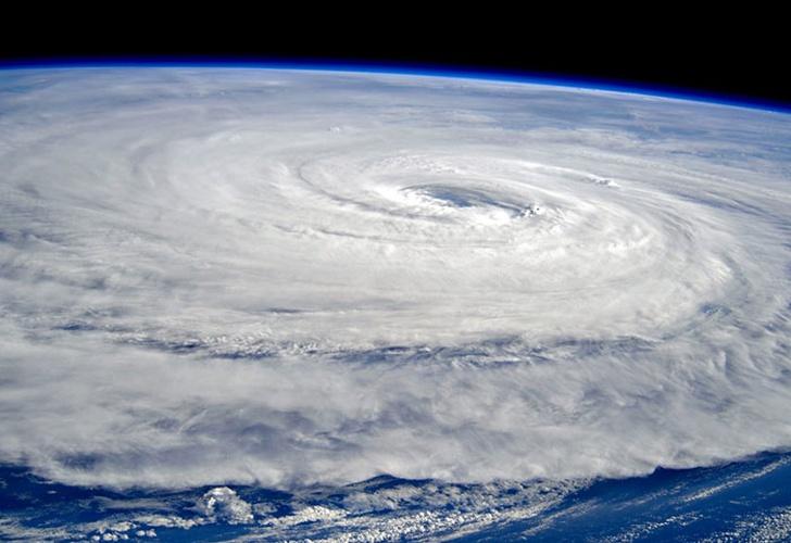 Potente tifón