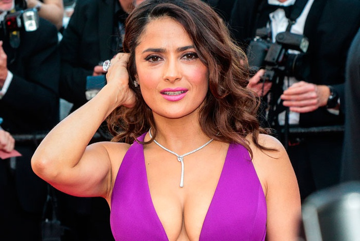 salma hayek, video, instagram, semidesnuda, video sensual, desnuda,