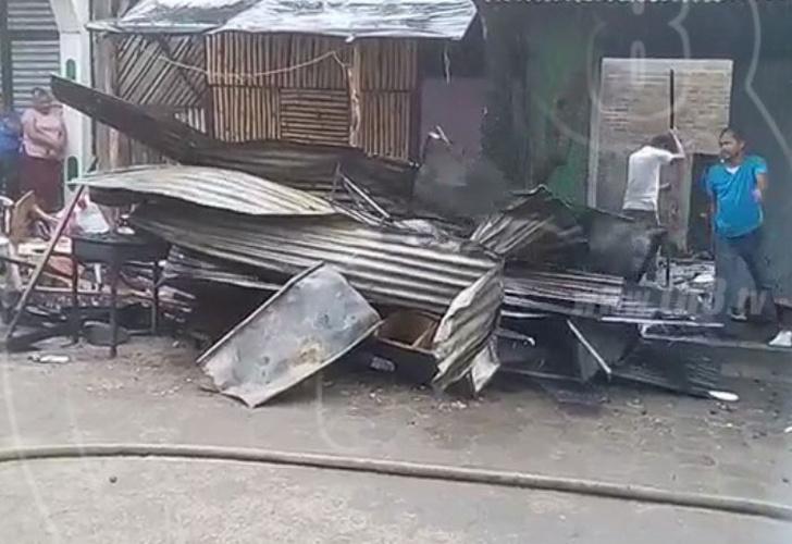 Incendio deja una casa reducida a cenizas en condega estel for Vivienda reducida