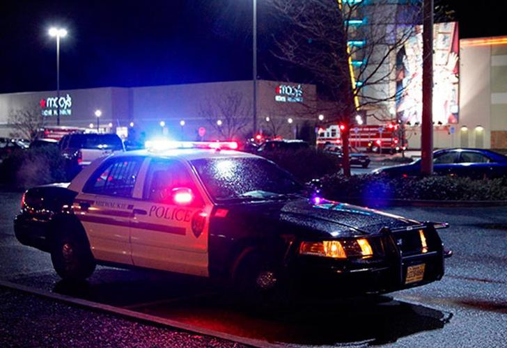 Deja 2 muertos ataque con puñal en tren de Portland