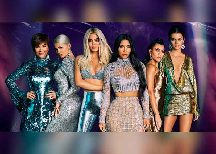 kardashian, regalos, produccion, programa,  keeping up With the kardashians, redes sociales,