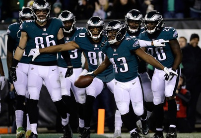 Eagles vuelven a controlar su destino para playoffs