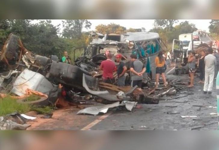 13 muertos y 39 heridos en un accidente en Brasil