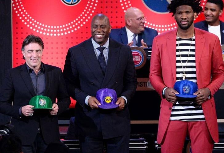 Fultz y Ball serán piezas clave hoy en draft NBA