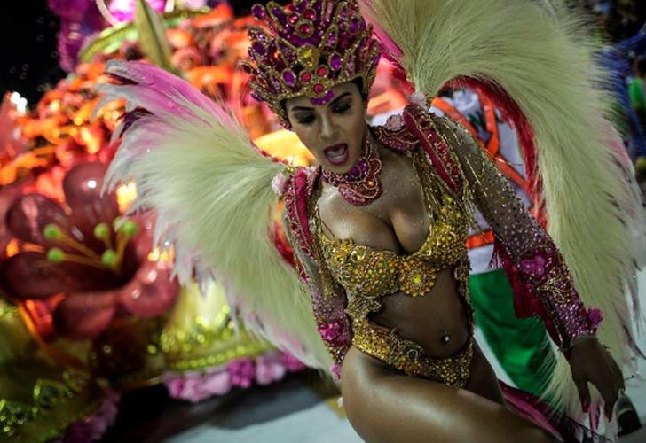sexo carnaval sexo louco