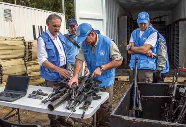 Santos anuncia nuevos ministros de Comercio, Vivienda y Transporte
