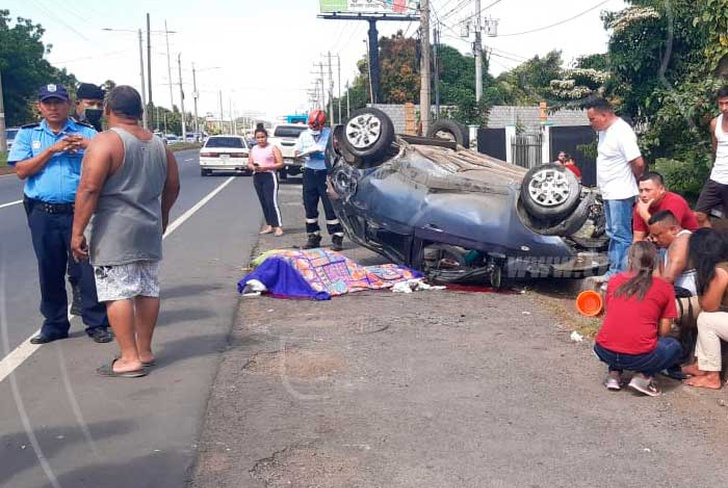 managua, accidente de transito, carretera a masaya, fallecimiento, muerto,