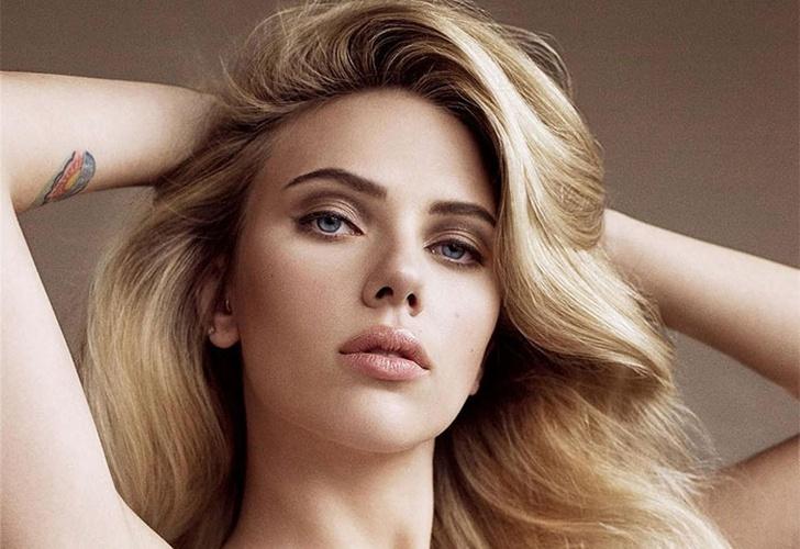 Filtran Nueva Foto De Scarlett Johansson Desnuda Y Frente Al Espejo