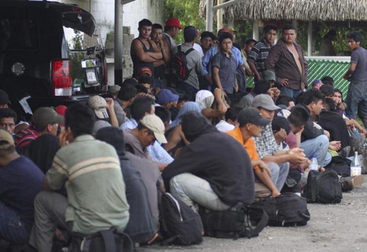 Rescatan a 37 migrantes guatemaltecos en casa de seguridad en Chiapas