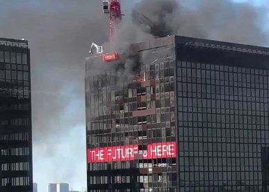 Se incendia torre World Trade Center de Bruselas