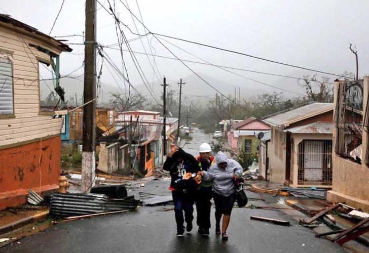 Huracán María: Puerto Rico queda sumido en severa crisis humanitaria