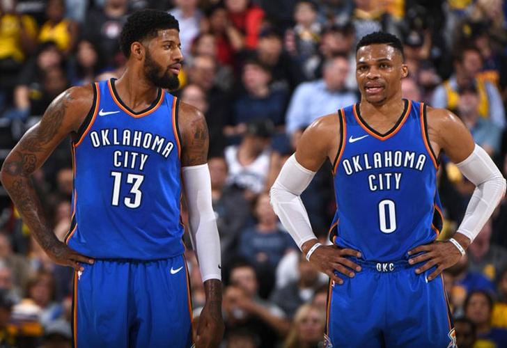 El Thunder sorprende y derrota a los Warriors
