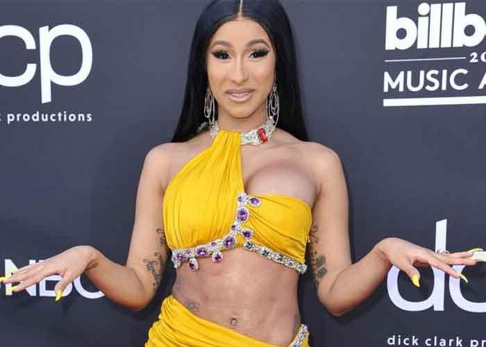 foto, desnudo, cardi b, criticas, redes sociales, cantante,