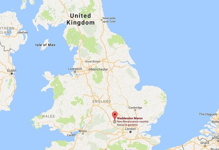 Inglaterra: Chocan avión y helicóptero; varios muertos