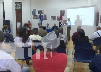 Club literario del adulto mayor rinde homenaje al General Sandino