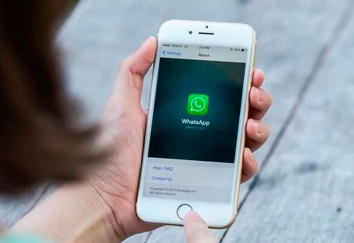 Siri ya puede leer tus mensajes de Whatsapp