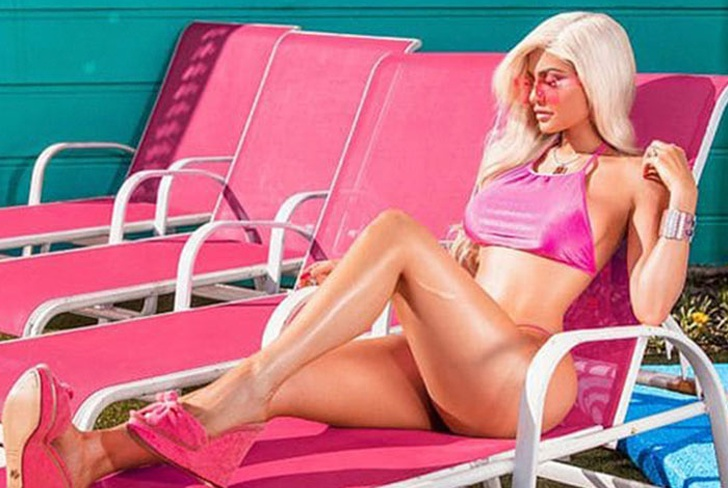 Kylie Jenner se transforma en Barbie