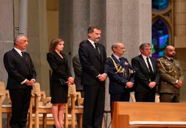Recuerdan a víctimas de atentados de Barcelona con misa solemne