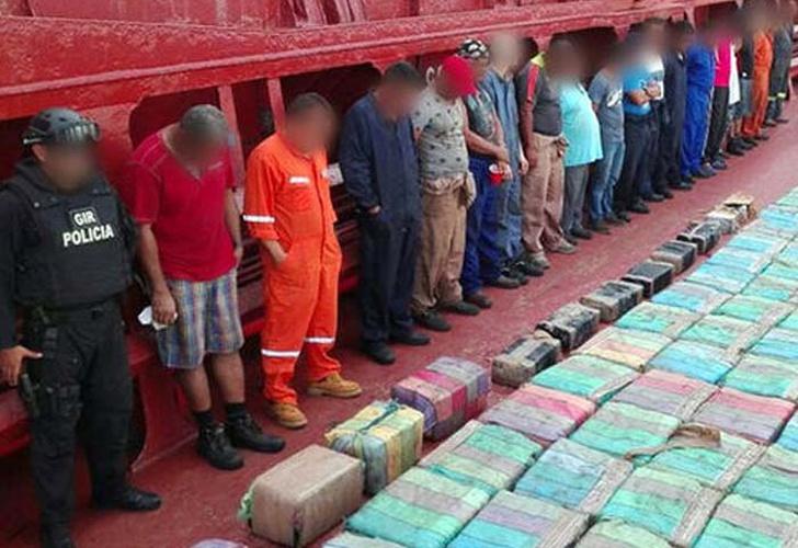Ecuador incautó 5 toneladas de droga en barco de bandera panameña