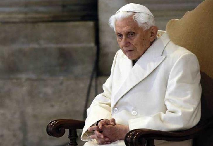 Francisco visitó a Benedicto XVI, que mañana cumple 92 años