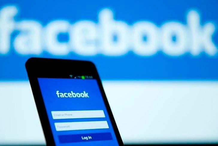 Facebook vuelve a sus raíces y lanza Campus para universitarios