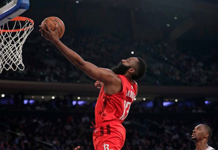 James Harden fija marca personal con 61 pts. ante Knicks