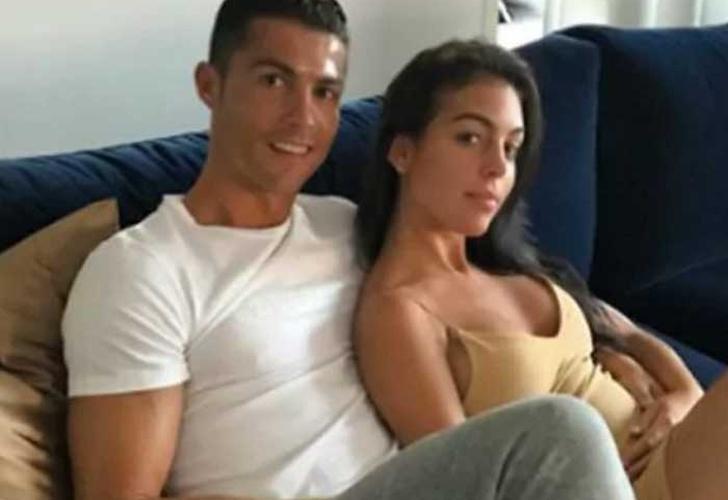 Fotos de novia de Cristiano Ronaldo crean dudas sobre su embarazo