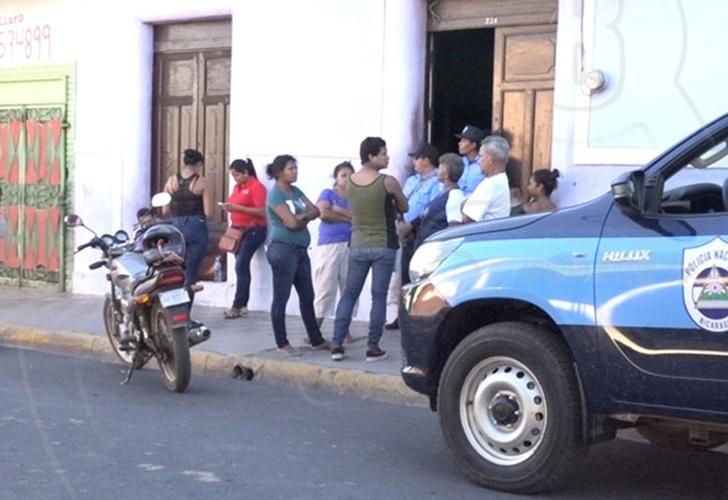 efectivo latín condón en Granada
