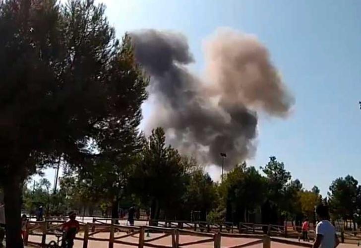 España: avión militar se estrella tras desfile de la fiesta nacional
