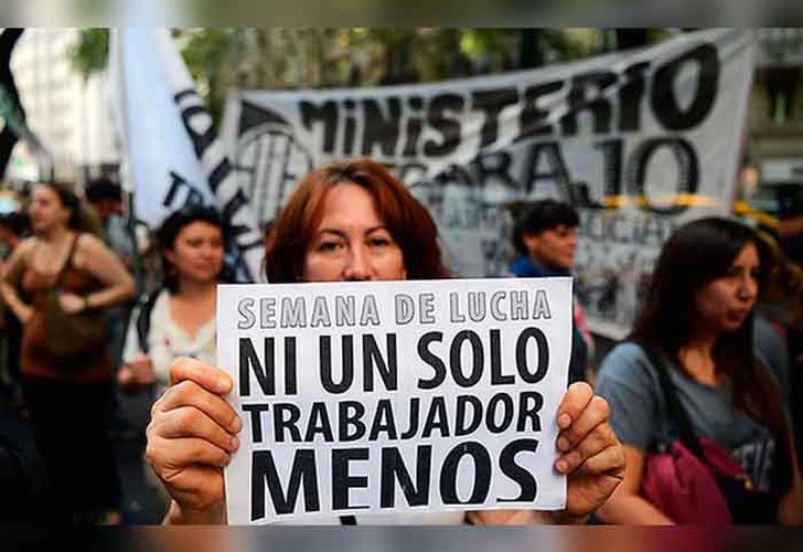argentina, obreros, protestan, gobierno, mauricio macri, dia del trabajador, politicas, salarial,-Argentina: Obreros protestan contra gobierno en el día del trabajador