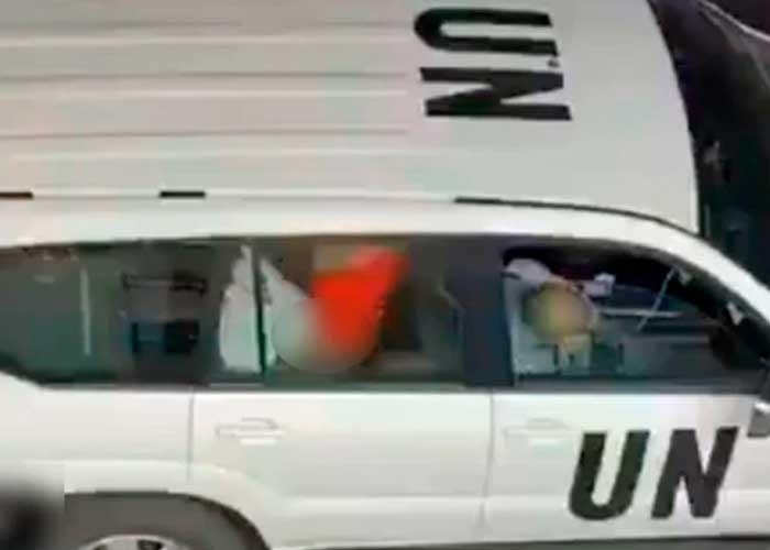 Captan a trabajadores de la ONU teniendo sexo en coche oficial