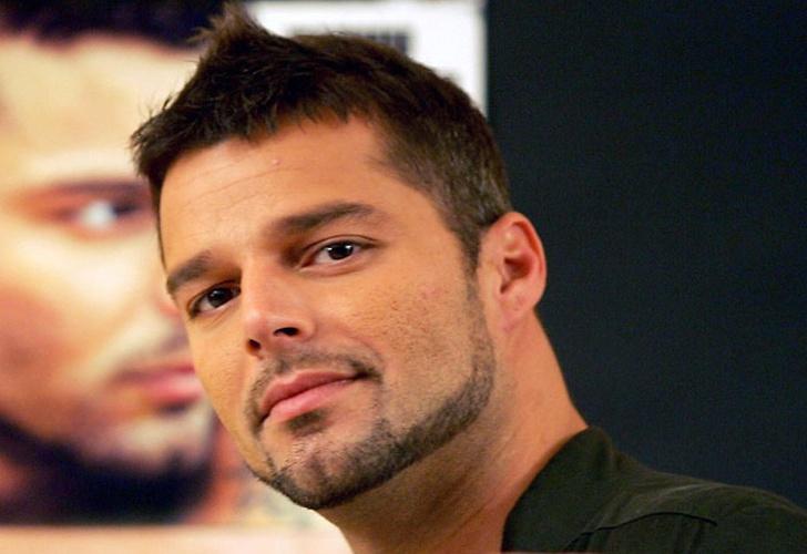 Se somete a 9 cirugías para parecerse a Ricky Martin