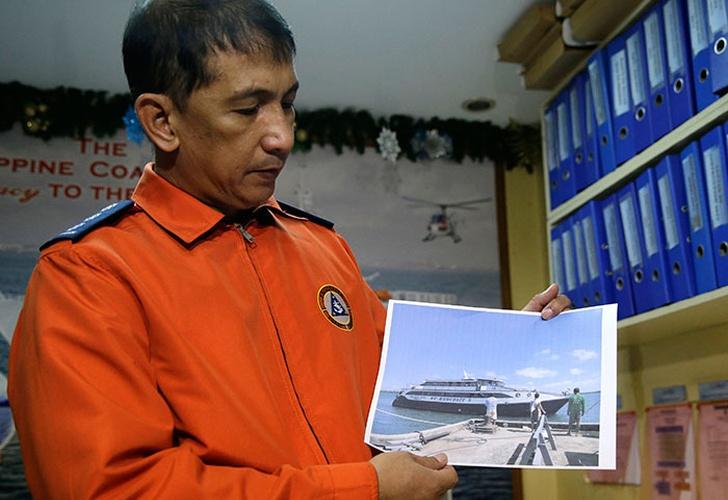 Filipinas: se hunde ferry con 251 personas a bordo