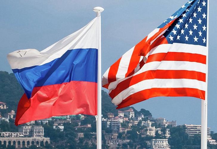 Putin advierte a Macron contra una acción irreflexiva y peligrosa en Siria