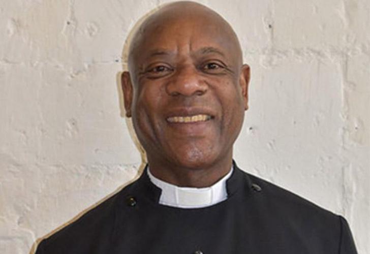 El sacerdote que consume drogas y contrata prostitutas