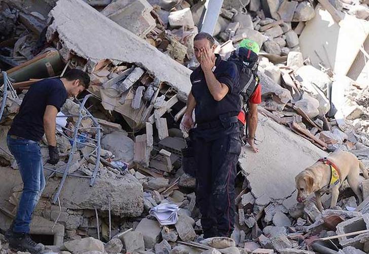 Más de 240 heridos en Irán por terremoto de 5.9