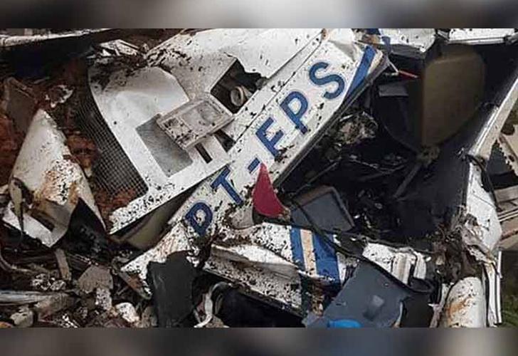 Seis personas mueren en accidente de helicóptero