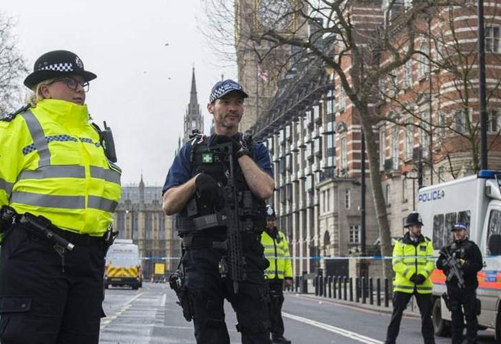 Detienen a hombre de 25 años por atentado de Manchester