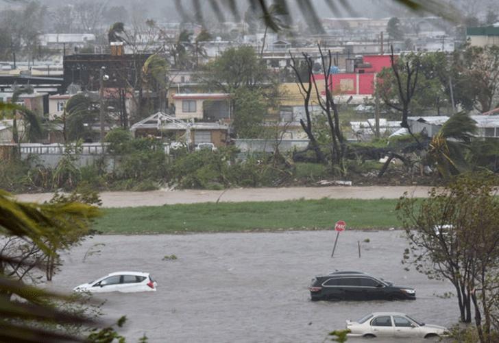 Republica Dominicana en alerta máxima ante el huracán María