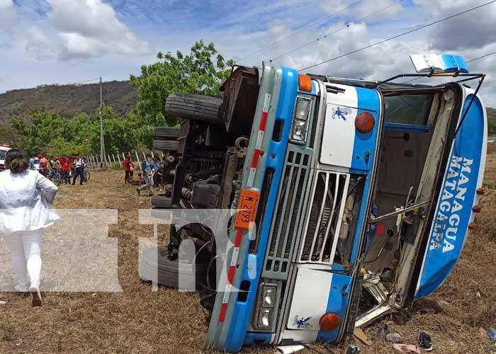 nicaragua, matagalpa, accidente, bus, vuelco, sebaco,