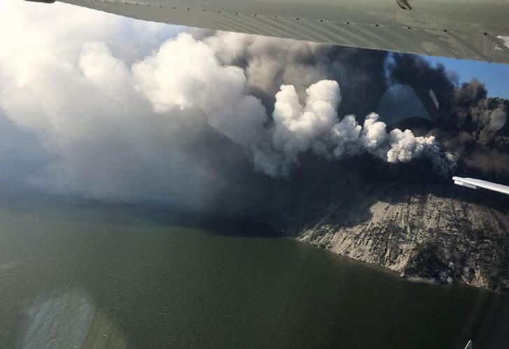 600 mil personas evacuadas por erupción de volcán en Papúa Nueva Guinea